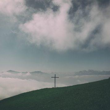 Einsames Kreuz